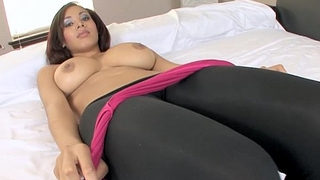 Exotic Beauty Selena Ali Loves To Deep Throat Cock