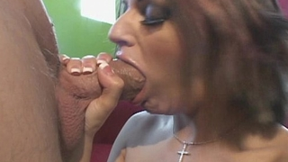 Naudia Nyce puts on a blowjob clinic with Chris Charming'_s big cock